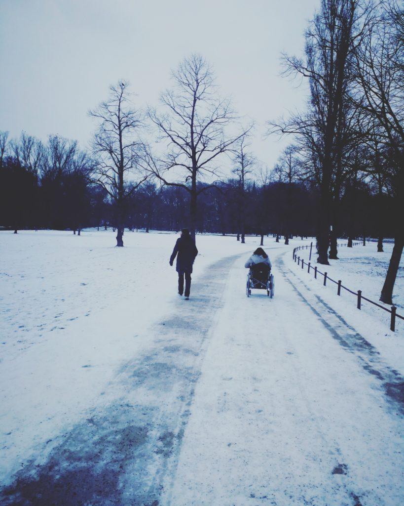 München mit Rollstuhl