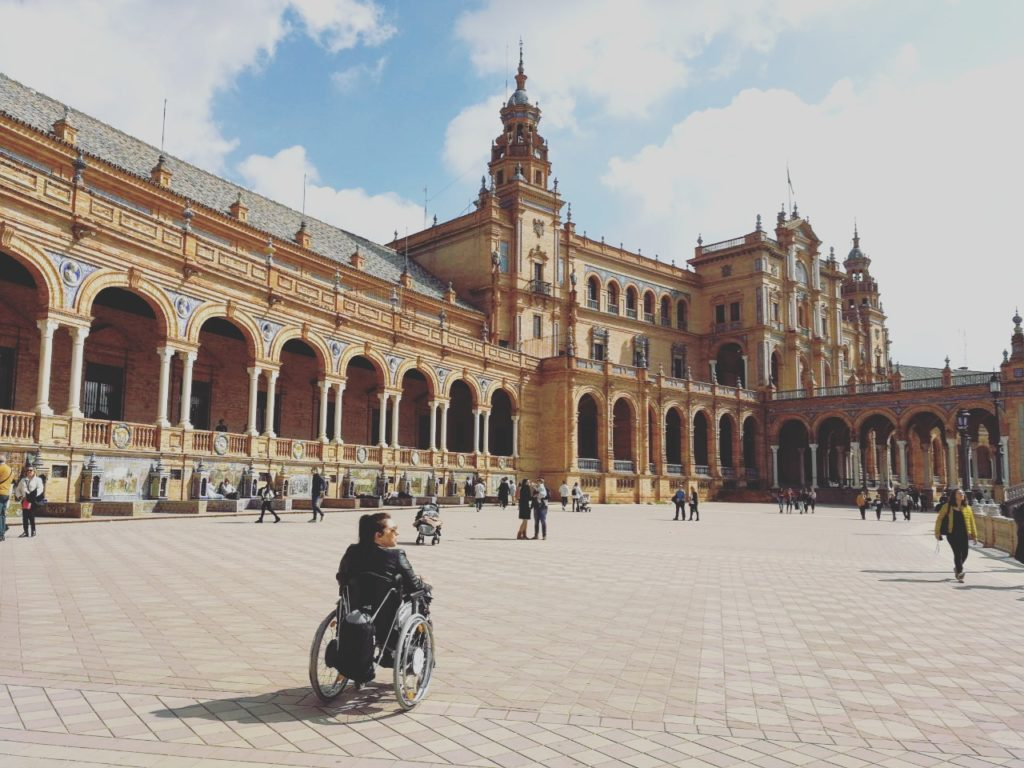 Sevilla mit Rollstuhl