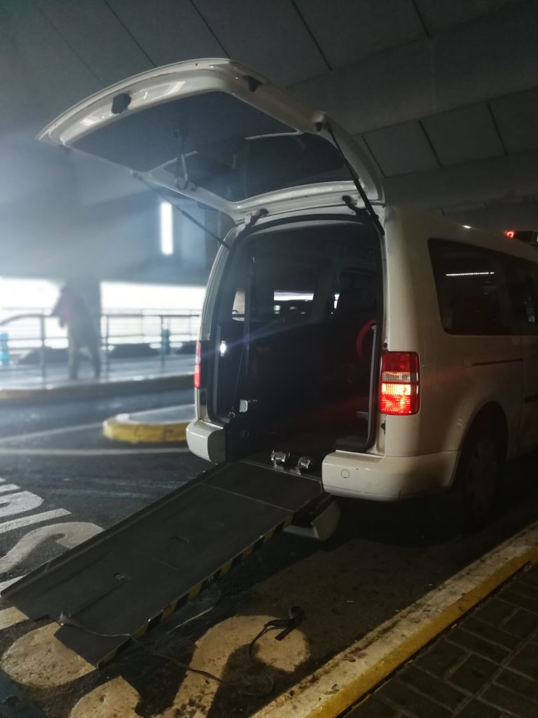rollstuhlgerechtes Taxi Sevilla
