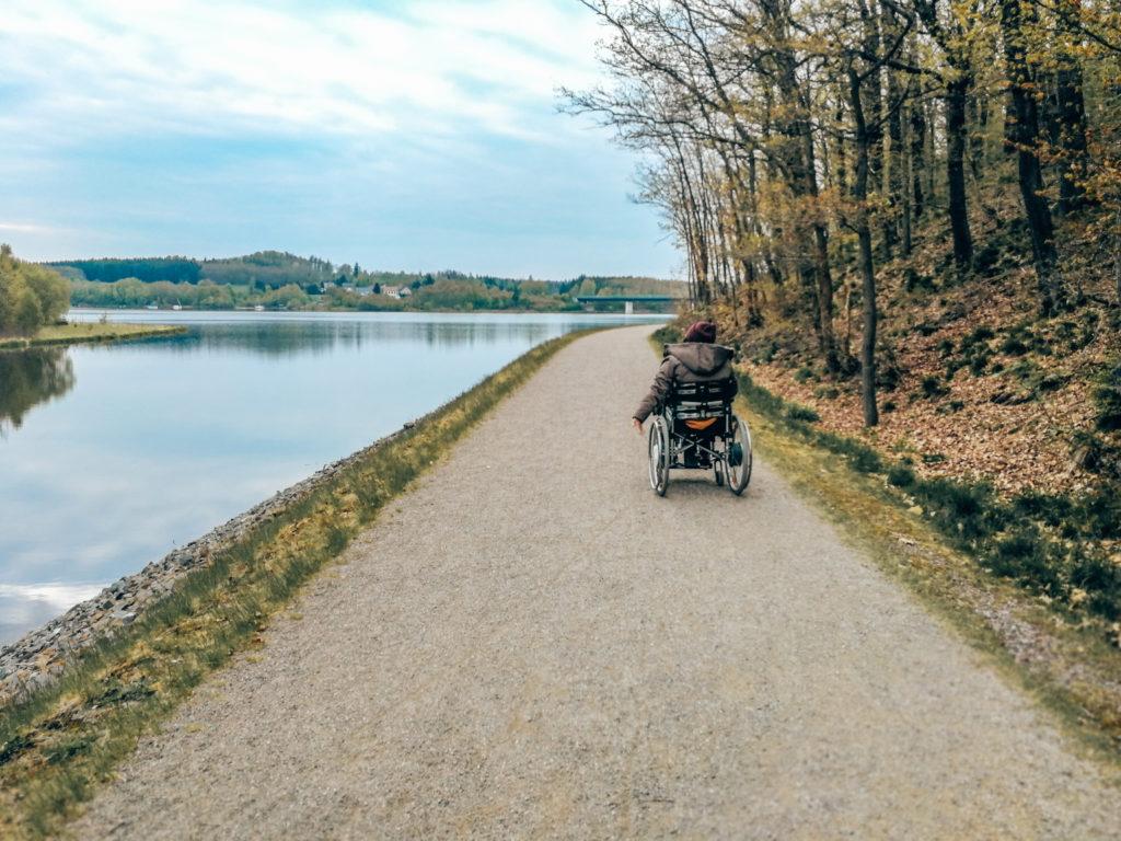 Rollstuhl wandern