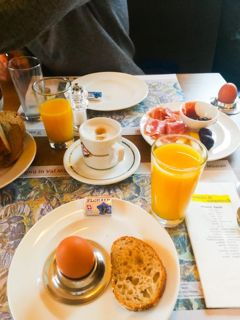 Frühstück Val Mustair