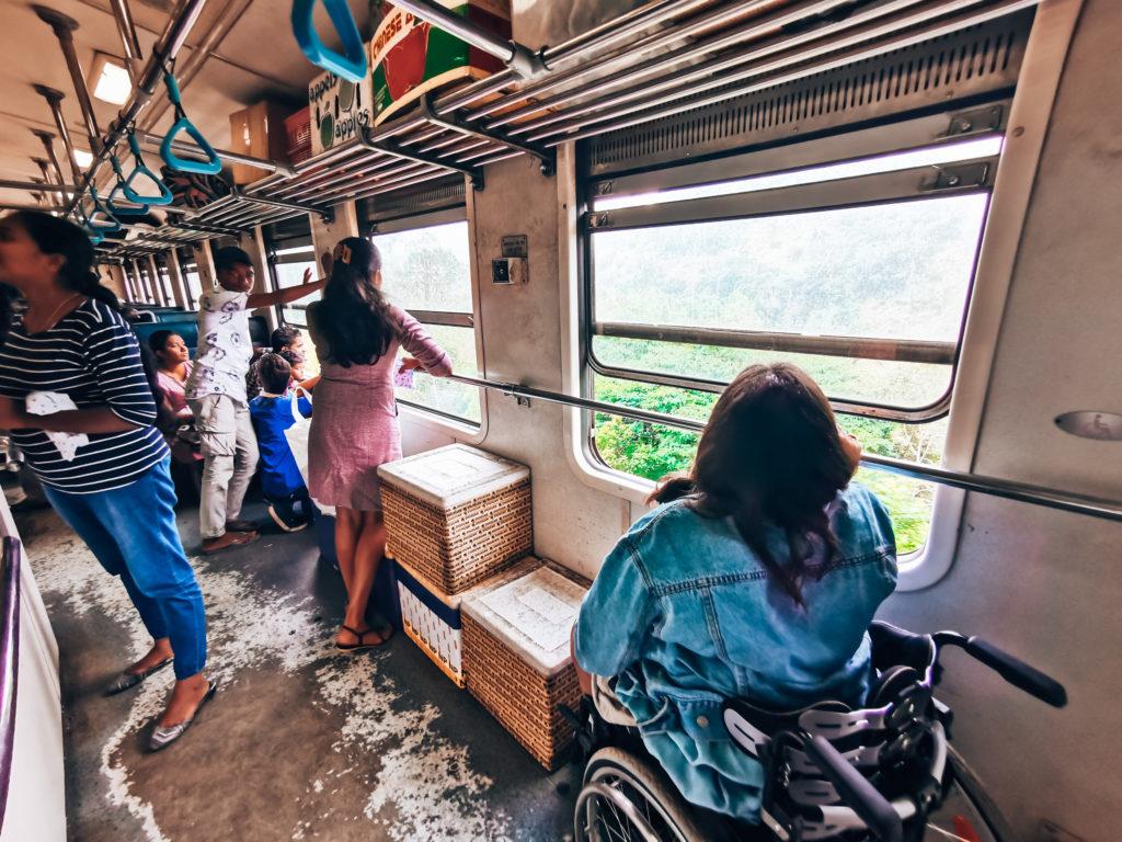 Rollstuhl Zug Sri Lanka