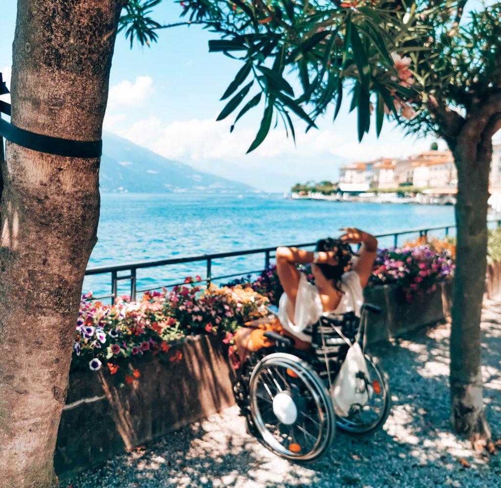 Comer See mit Rollstuhl