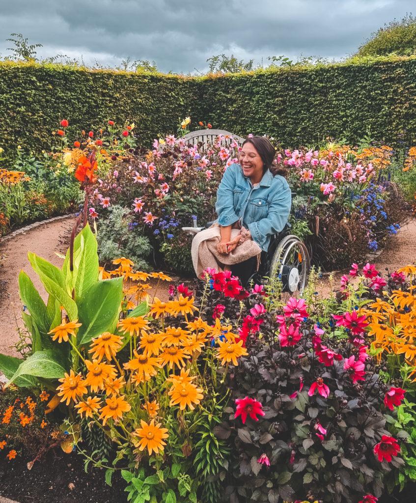 Park der Gärten mit Rollstuhl